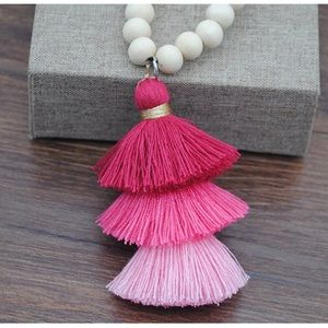 NWT Wooden Beads Tassel Necklace